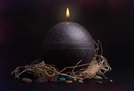 Mystic Barbara Kočková spirituální svíčka (černá)