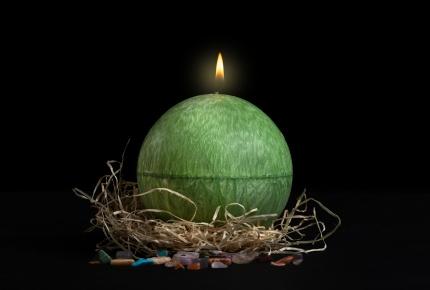 Mystic Barbara Kočková spirituální svíčka (zelená)